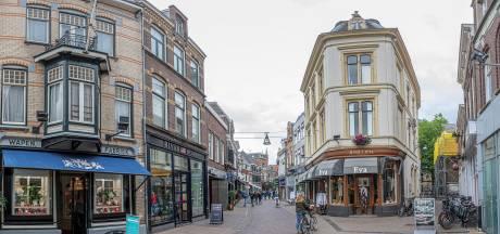 Zwolle bij tien stadscentra waar bezoekers meest wegblijven door corona