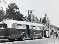 Vandaag 69 jaar geleden: de eerste trolleybus in Arnhem