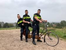 Arnhemse wijkagenten hebben een volle agenda, dus springen ze op de tandem