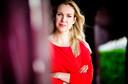 Femke Merel van Kooten stapte deze zomer op bij de Partij voor de Dieren. Ze stelt dat partijmedewerkers worden uitgebuit, dat voor tegenspraak geen ruimte is en dat PvdD'ers zich niet mogen bezighouden met 'futiele mensendingen'.