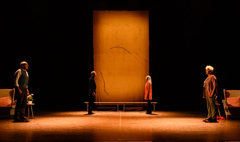 De cast van de nieuwe Nederlandse musical 'Een leven samen''. Van links naar rechts Alfred van den Heuvel, Ara Halici, Alexandra Alphenaar en Doris Baaten. Beeld Annemieke van der Togt