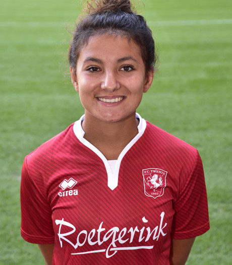 Ellouzi en Stapelfeldt schieten FC Twente Vrouwen naar oefenzege
