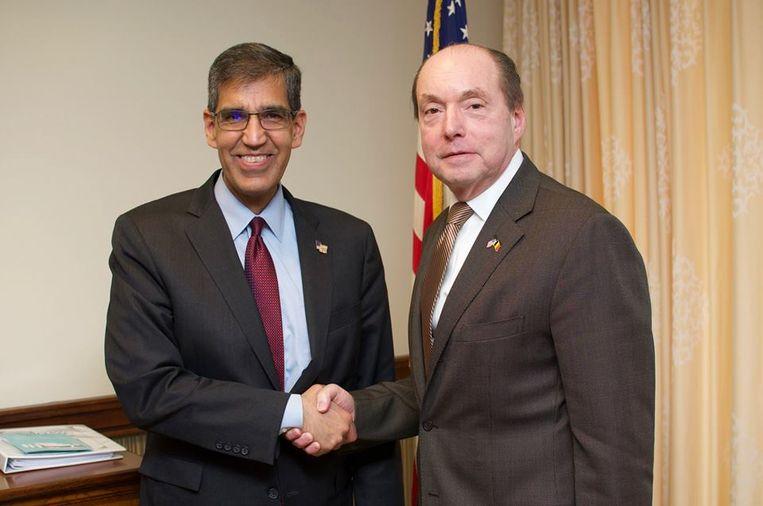 Voorafgaand aan de rondleiding in de Antwerpse haven had Uttam Dhillon in Brussel een ontmoeting met Amerikaans ambassadeur Ronald Gidwitz.