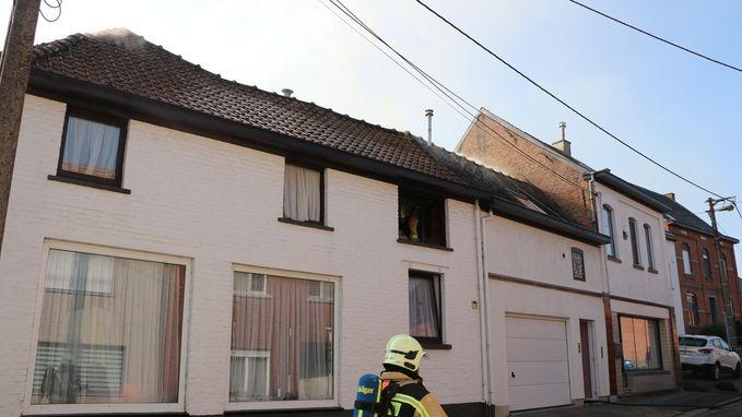 Passant redt vrouw (83) uit brand: 'Pas na tweede keer aanbellen drong door dat ze moesten vluchten'