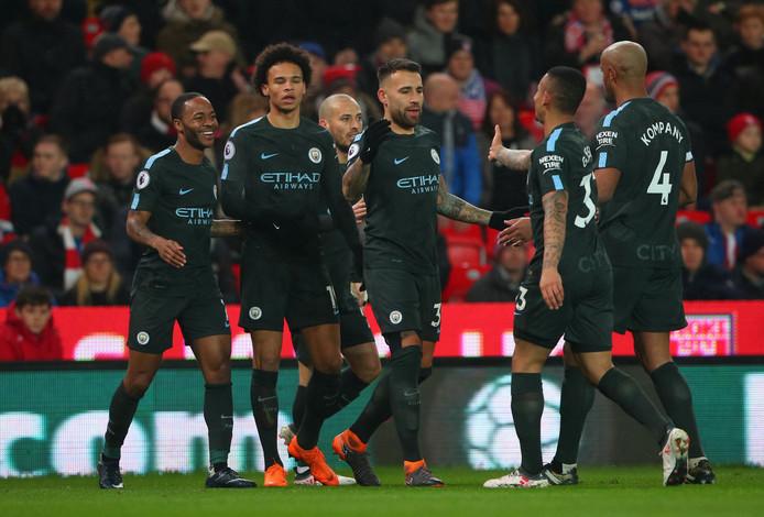Manchesteer City viert de eerste goal van David Silva.
