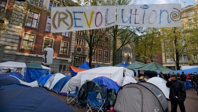 Het Occupykamp op het Beursplein. Archieffoto © anp