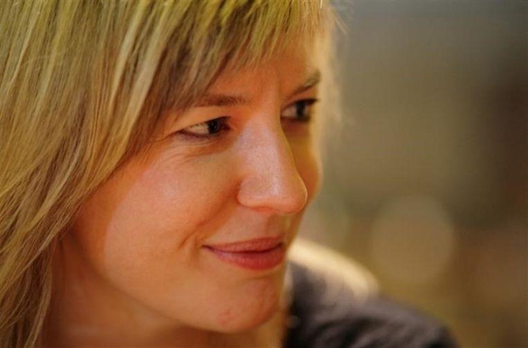 De Vlaamse zangeres Inez Carsauw staat bekend als 'mezzosopraan', een middelhoge vrouwelijke zangstem tussen de alt en sopraan.