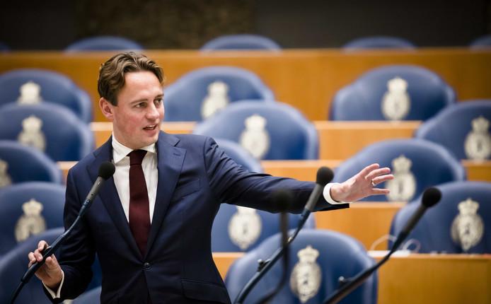 PvdA-Kamerlid Henk Nijboer vindt het 'onbegrijpelijk' dat er miljarden op de plank blijven liggen.