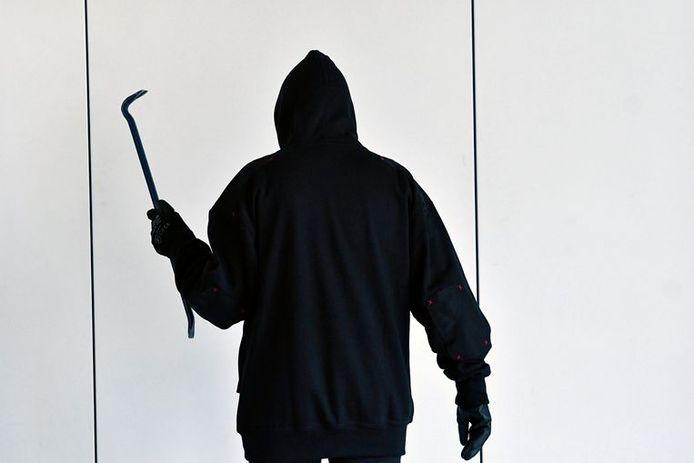 Inbrekers slaan het vaakst toe tussen 18 en 24 uur.