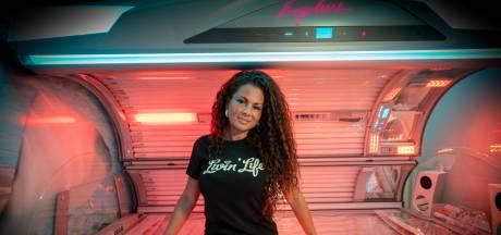 Arnhemse Michella Kox geeft eigen feest met 'tokkie' als dresscode
