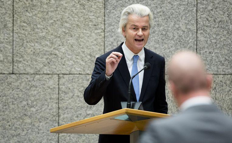 PVV-fractievoorzitter Geert Wilders en Diederik Samsom (Pvda) tijdens het debat over de aankomende Europese Top. Beeld anp