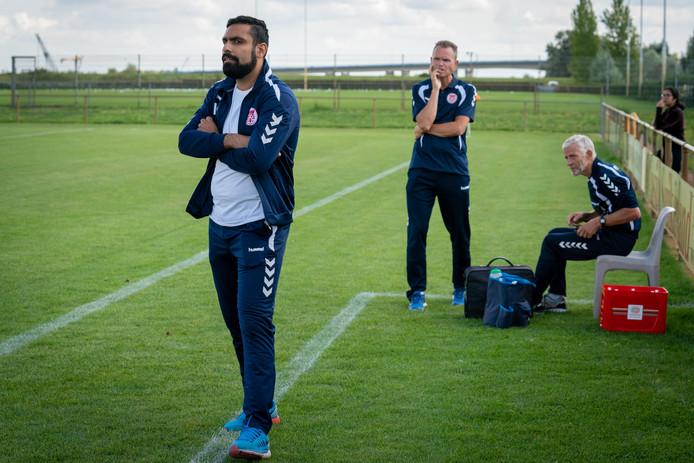 Trainer Mo Edan heeft met Arnhemia nog twee duels in te halen in de vierde klasse D.