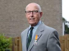 Oud-politiechef van Twente geridderd om werk voor senioren