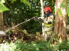 Brandweer rukt uit voor buitenbrand in Baarn