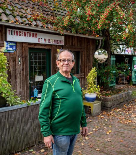 Tuincentrum De Vereeniging stopt, nu heeft Roeland Ebben tijd voor zijn eigen gras
