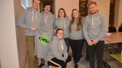 Vernieuwde jeugdraad gaat verder onder de naam 'Voesj'