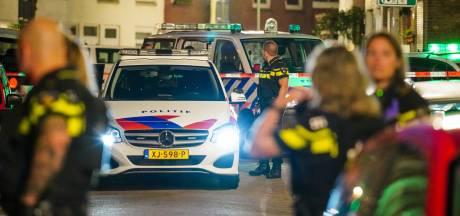 Geweld in Narcissenstraat: man met verwondingen aan rug naar ziekenhuis