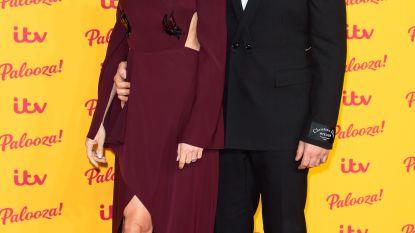 """De bijzondere eerste date van Robbie Williams en zijn vrouw: """"Ik had net seks gehad met mijn drugsdealer"""""""