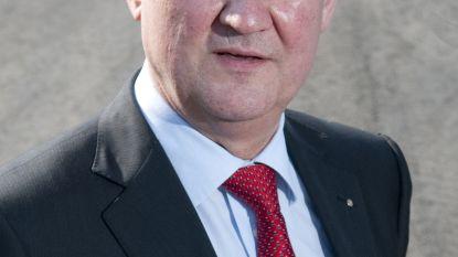 """Philippe Willequet oudste burgemeester in Oost-Vlaanderen: """"Ik vind het nog steeds even leuk"""""""