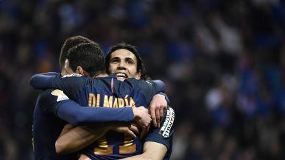PSG wint ruim van Saint-Etienne en stelt titelfeest van Monaco nog even uit