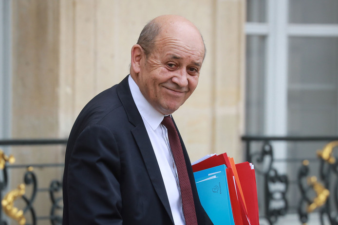 Jean-Yves Le Drian is nu minister van Buitenlandse Zaken.