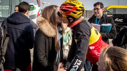 """Een dag in het spoor van Dorien en Lieve, vriendin en mama van Oliver Naesen: """"Ik zie het: Oliver zit fris voor de Ronde"""""""
