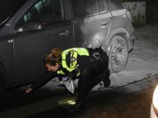 Autobrand in Steenwijk, politie denkt aan brandstichting