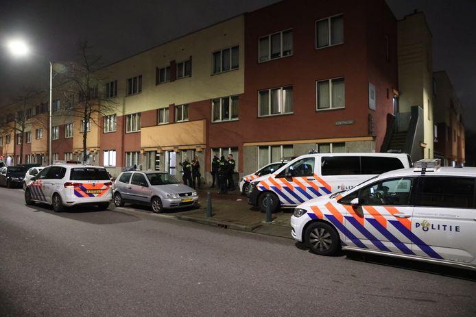 Inval politie Parallelweg Den Haag