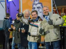 Uitverkocht maar toch niet alle stoelen bezet in stadion FC Eindhoven