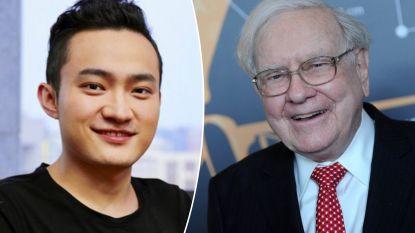 """Cryptopionier (28) betaalt 4 miljoen voor lunch met Warren Buffett. Die noemde bitcoin ooit """"rattenvergif in kwadraat"""""""