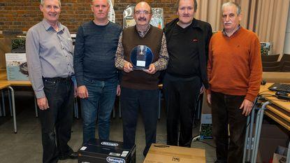 Winnaars winterkaarttoernooi KWB gehuldigd