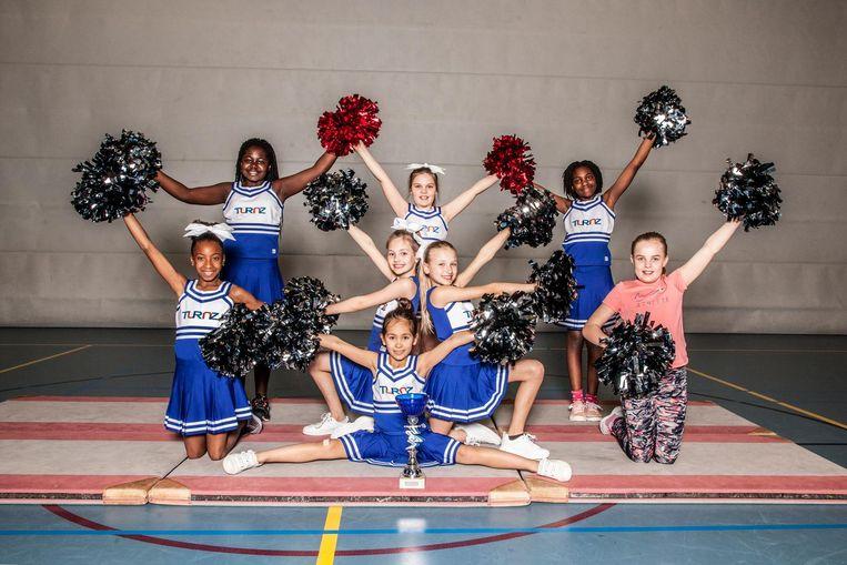 (Vlnr) Zizia (10), Darling (10), Sofia (8), Evy (9), Isabella (10), Siena (8), Ra-Veny (10) en Anna (10), team Blue Diamonds, van turn- en gymnastiekvereniging Turnz Beeld Ernst Coppejans