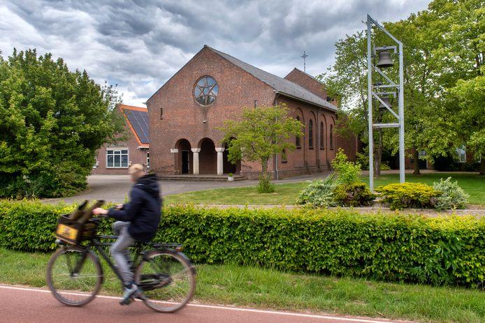 Het kleine kerkje in het Randwijkse buurtschap Indoornik.