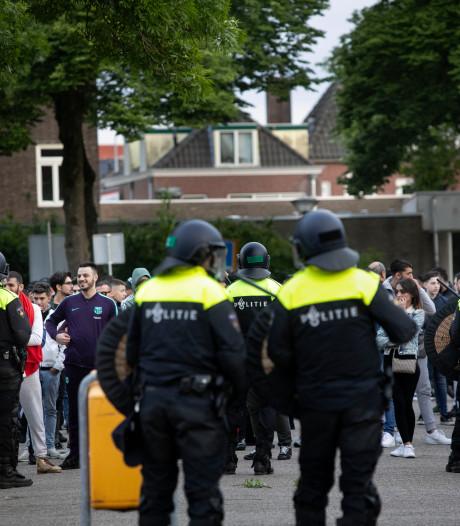 Dominique Elshout deed verslag van grimmige Pegida-betoging: 'Ik verwijder voortaan mijn profielfoto op Twitter'