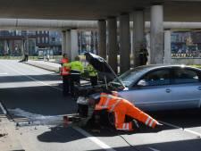 Bestuurder gewond na ongeluk op Troelstrakade