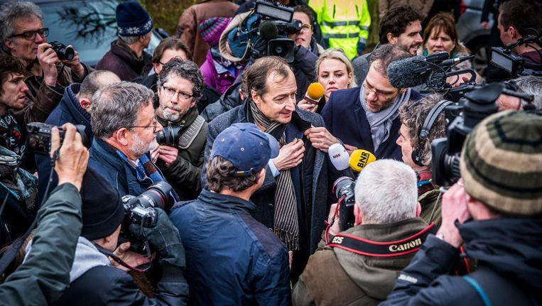 Minister Eric Wiebes naar aardbevingsgebied Groningen Beeld anp
