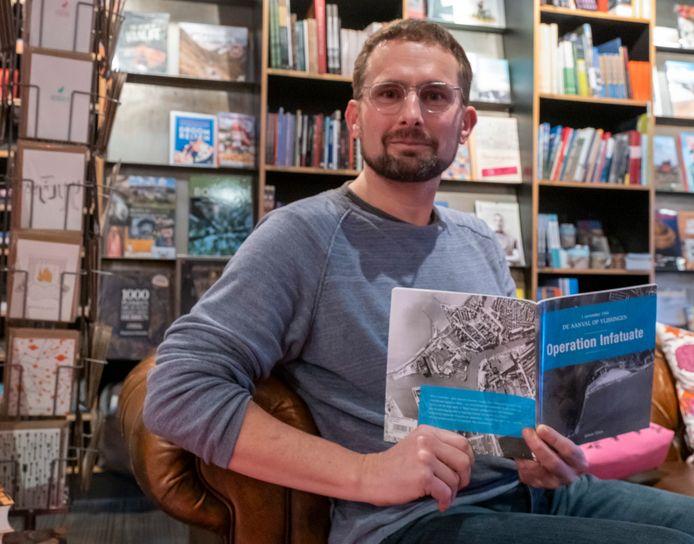 Edwin Tilroe heeft boek geschreven: Operation Infatuate, de aanval op Vlissingen.