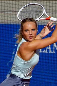 """Retour sur les courts, ambitions, """"l'inspirant"""" Federer: entretien avec Kimberley Zimmermann"""