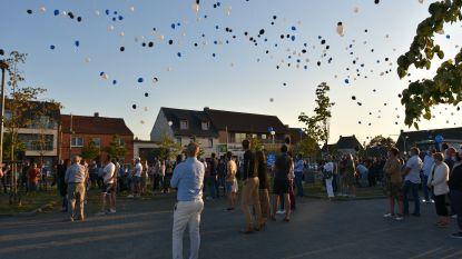 """Blauw-zwarte ballonnen en coronaproof afscheid van verongelukte Glenn (31): """"Mooi eerbetoon"""""""