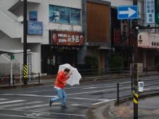 Verlaten straten, zandzakken en slagregens in Suzuka