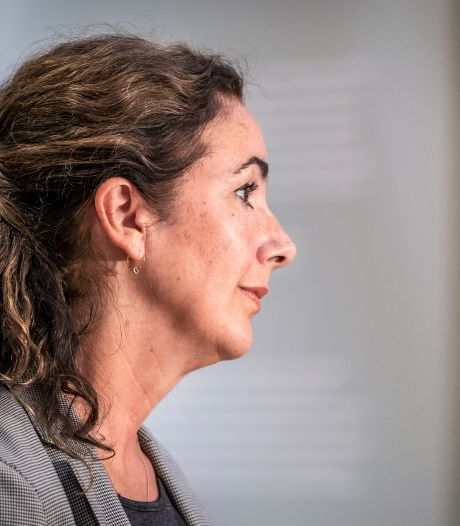 Halsema wil in gesprek met Amsterdamse leraren na onthoofding Franse docent
