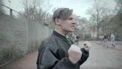 Voetbal en nazi's gaan niet samen en dat maakt Borussia Dortmund duidelijk met dit geestig filmpje
