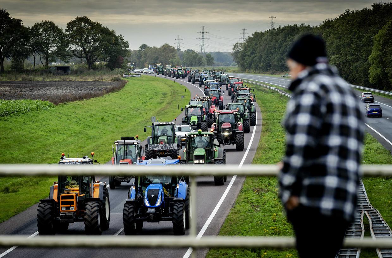 Boeren op weg naar het protest bij het provinciehuis van Drenthe.  Beeld ANP