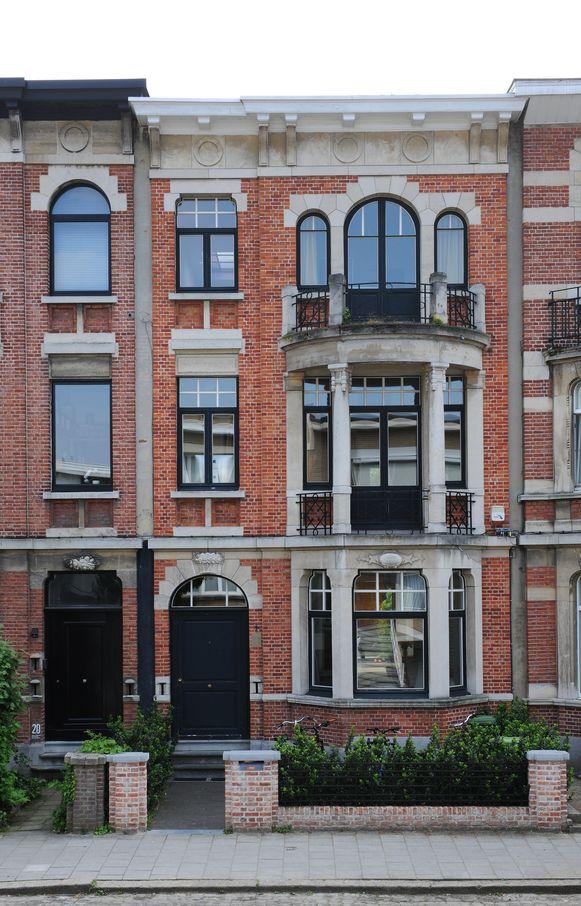 Binnenkijken in deze statige woning in Berchem.