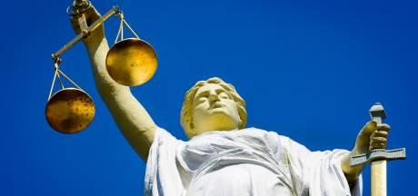 Burenruzie Spijkenisse: 'Geef 5000 euro of seks met je vrouw'