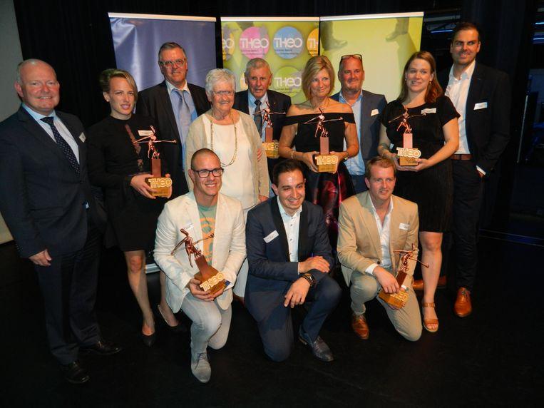 De winnaars van de Theo's 2018 op het podium van De Herbakker.
