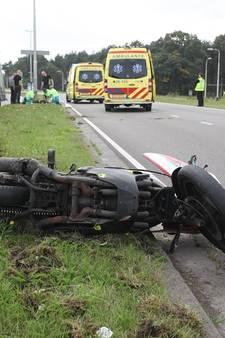 Motorrijder (40) omgekomen bij klap tegen lantaarnpaal in Tilburg