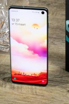 Pijnlijke fout Galaxy S10: Sensor zet constant scherm aan in broekzak