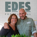 Esther Werkman en Edwin van den Oever in hun nieuwe restaurant.