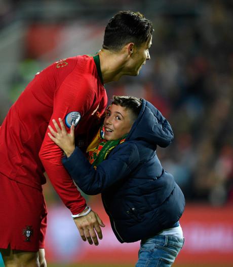 Ronaldo nadert de 100 interlandgoals